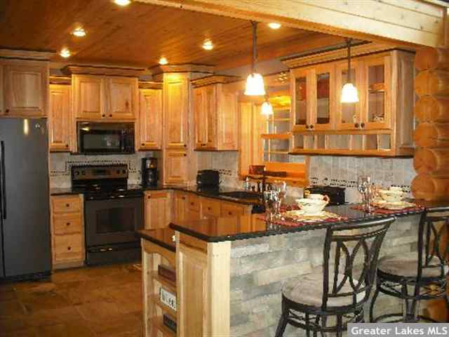 Live In Logs | Garrison Minnesota